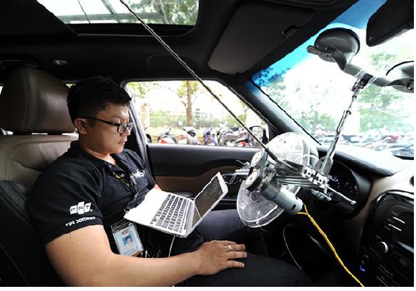 Công nghệ xe ô tô tự lái của FPT