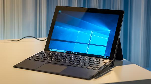 Lenovo Miix 630 mẫu laptop nổi bật nhất CES 2018