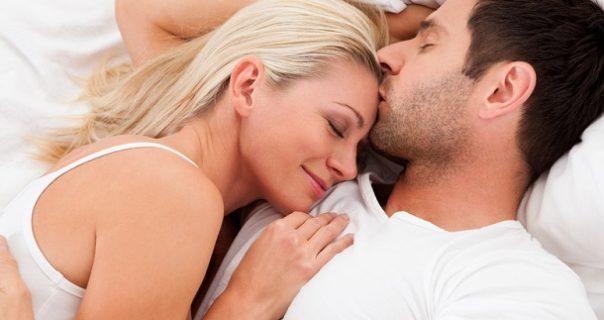 Giải mã giấc mơ thấy quan hệ là điềm báo gì?