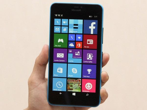 Đánh giá Lumia 640 XL: Giá rẻ, cấu hình ổn, camera xịn