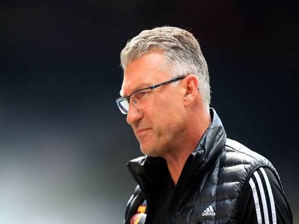 Tin bóng đá quốc tế sáng 20/7: Còn hai vòng CLB Premier League sa thải luôn HLV