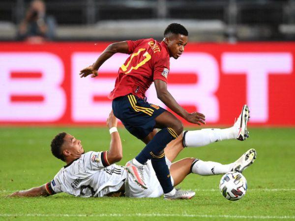 Soi kèo tài xỉu Tây Ban Nha vs Thụy Sĩ, 01h45 ngày 11/10/2020