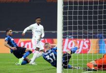 Bóng đá quốc tế sáng 26/11: Real Madrid đánh bại Inter Milan trên sân khách