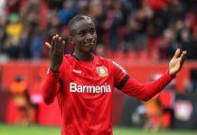 Tin bóng đá 26/3: Man United đối đầu Real vì ngôi sao Diaby