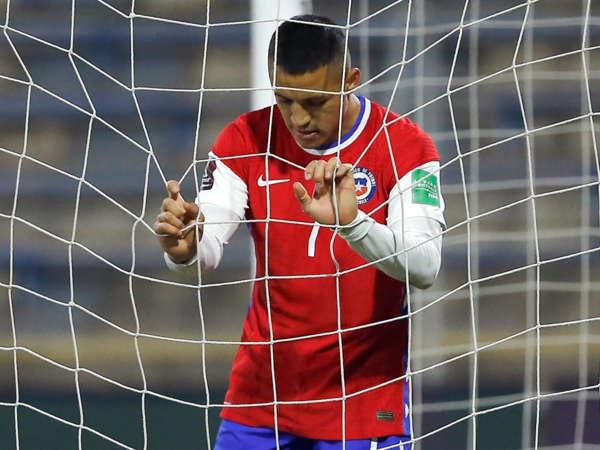 Bóng đá quốc tế sáng 14/6: Sanchez lỡ vòng bảng Copa America