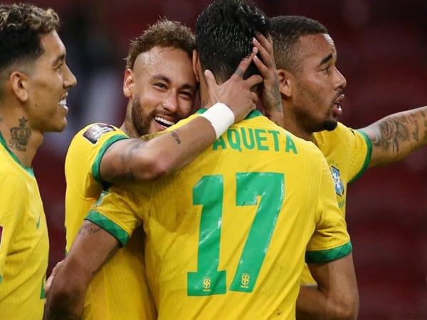 Tin bóng đá QT chiều 10/6: Brazil chốt danh sách dự Copa America 2021