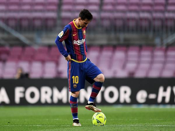 Bóng đá Quốc tế sáng 23/7: Messi bị La Liga xóa tên